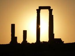 The Ultimate Travel Guide to Amman, Jordan